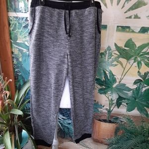 Black and white lounge pants